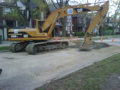road-closed-betwee-pacific-and-highpark-to-fix-clogged-sewer