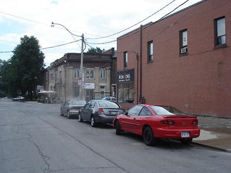 quebec-ave-parking-on-west-side-july-27-2009-039