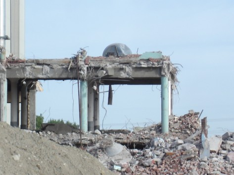 Removal of the last parts of the Bunge Plan on the site where the new mall will be built